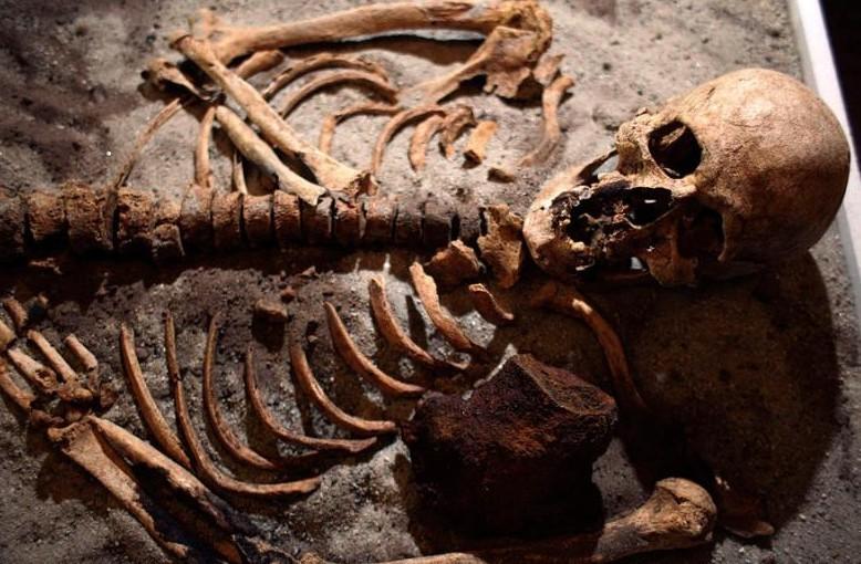 В Болгарии обнаружили скелеты вампиров