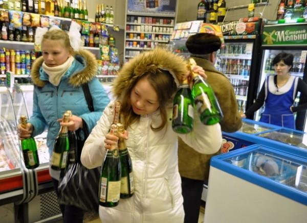 50 тысяч рублей – штраф за продажу алкоголя детям