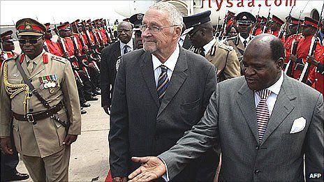 Главой Замбии впервые стал белый человек