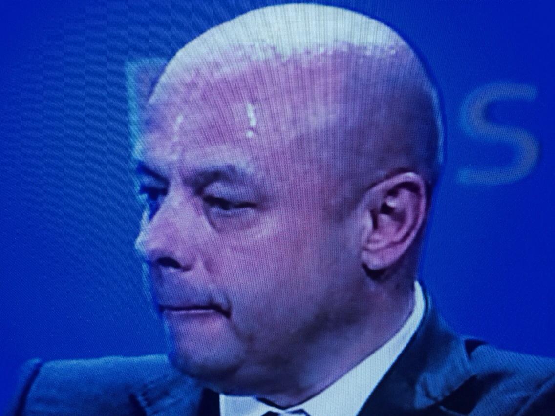 Министр Украины Юрий Продан в момент подписания договора выглядел, как побитый пес