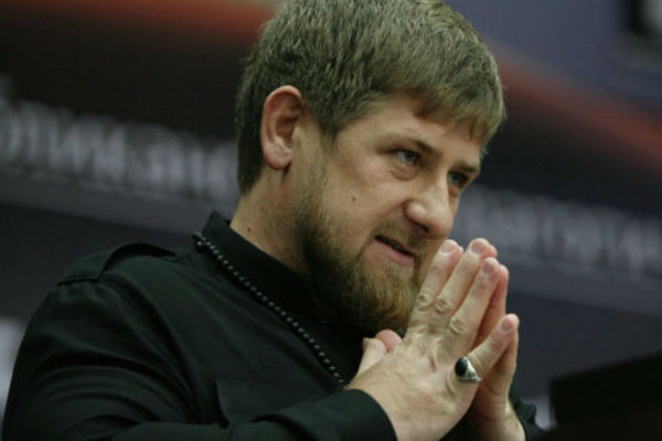 Кадыров отмечен черным поясом по каратэ