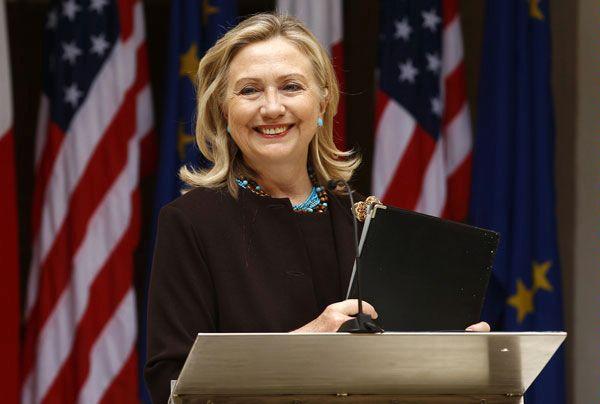 Как бариста из Колорадо «подложил свинью» Хиллари Клинтон и что она увидела в чашке латте своего визави