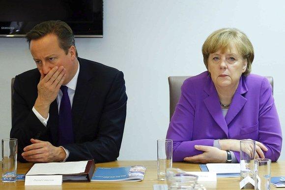 Меркель вступилась за мигрантов