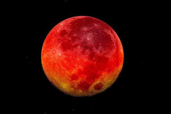 NASA покажет «кровавую» Луну в прямом эфире