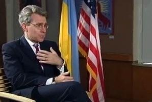 Посол США в Киеве осудил украинский бизнес за сотрудничество с Россией