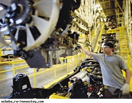 Эксперт: Запрет для госкомпаний на закупку импортной автотехники - удар по экономике