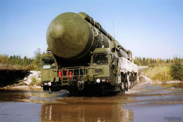Ракетные войска проведут учения с комплексом «Тополь-М»