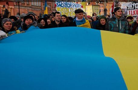 В Варшаве начались протесты против участия польских военных в конфликте на Украине