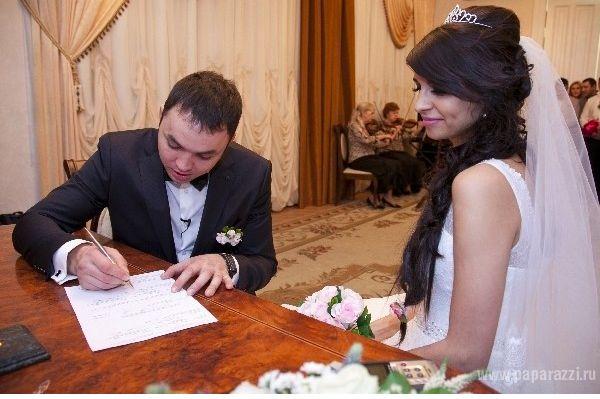 Алиана Гобозова отказалась от венчания с мужем