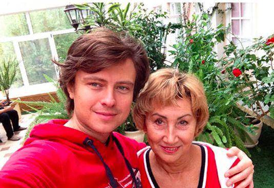 Жена Прохора Шаляпина купила ему участок на кладбище