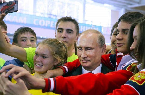 Путин: В России должно быть модно заниматься спортом