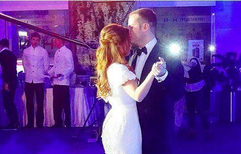 В сети появился свадебный танец Савичевой