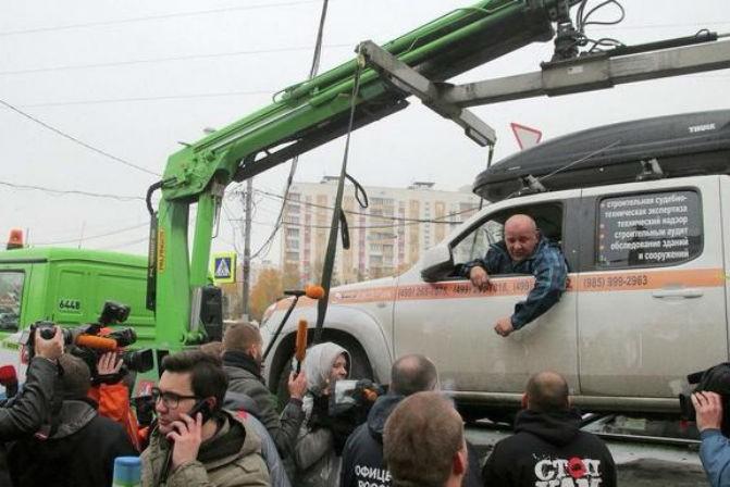 Справедливая Россия объявила войну эвакуаторам