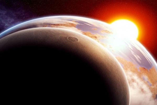 В октябре земляне смогут увидеть красную Луну и солнечное затмение