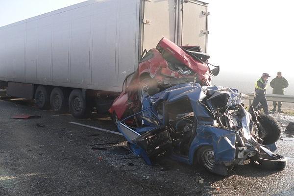 В Краснодарском крае в массовой аварии погиб еще один человек