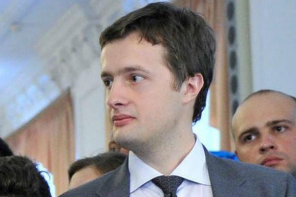 Сын Порошенко и Ярош уверенно лидируют в одномандатных округах