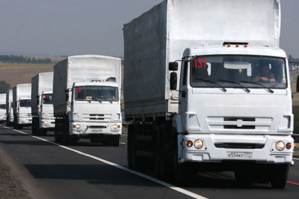 Россия отправила на юго-восток Украины 100 грузовиков с гуманитарной помощью
