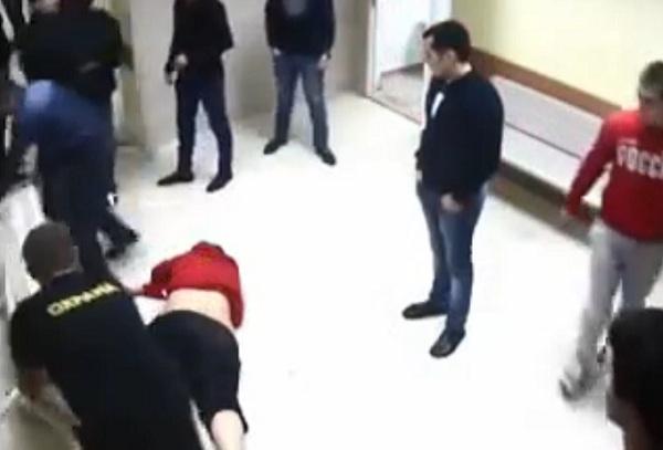 После драки в МинВодах полицейский и главврач вернулись к работе