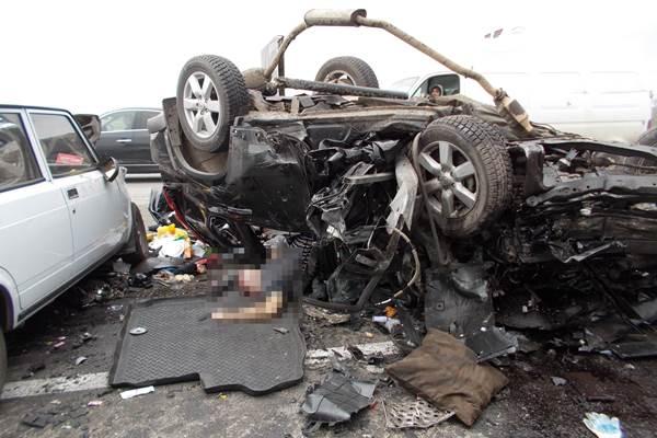 В Ростовской области в ДТП погибли 3 человека, 3 пострадали