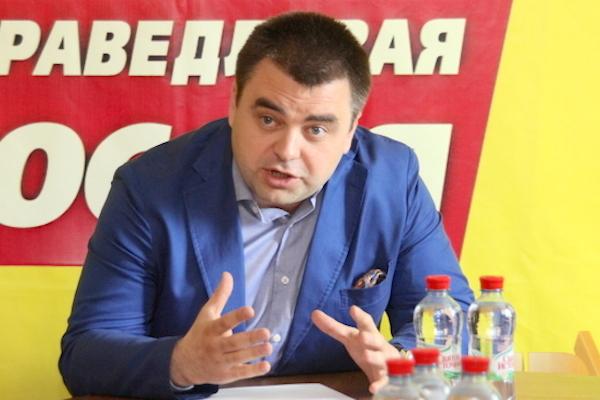 Алексей Казаков: главный редактор «Смоленской народной газеты» избит за антикоррупционную борьбу
