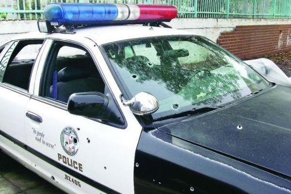 Двое помощников шерифа убиты в Калифорнии