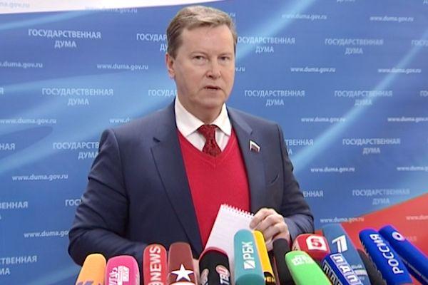 Пострадавшим от санкций надо давать юридическую защиту, но не компенсацию из бюджета – Олег Нилов