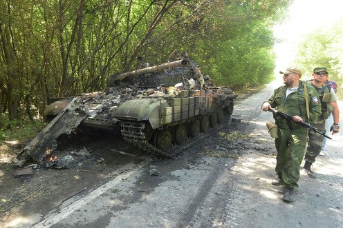 Порошенко пообещал украинским силовикам новую военную технику