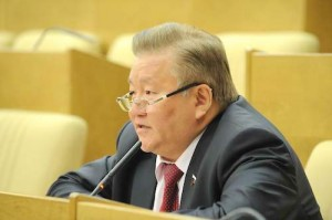 Член комитета ГД по охране здоровья Федот Тумусов (фракция «Справедливая Россия»)