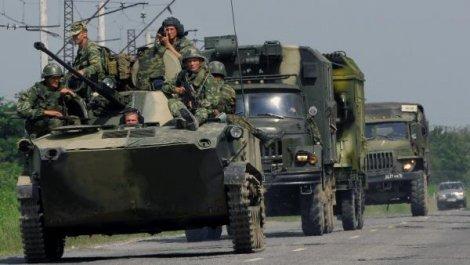 Путин поручил вернуть войска с учений под Ростовом