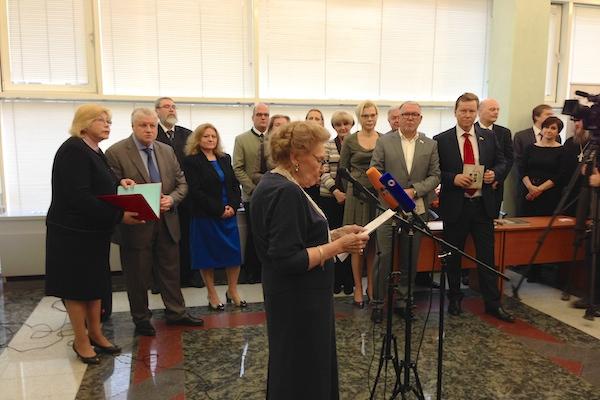 В Госдуме открылась выставка работ великой княгини Ольги Александровны