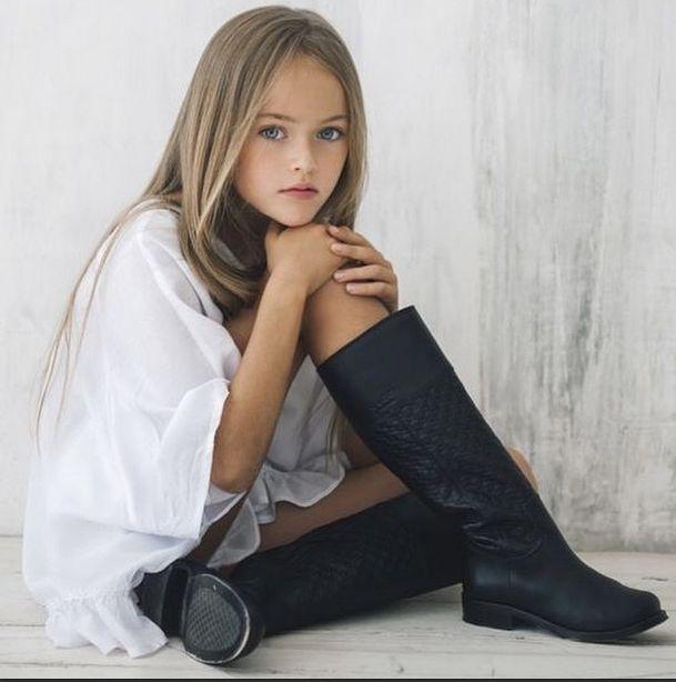 откровенные фото маленькой школьницы