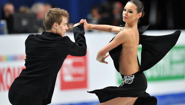 на фото: Елена с партнером Никитой Кацалаповым