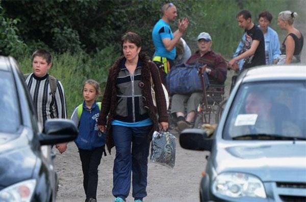 ЮНИСЕФ: война на Донбассе лишила дома 130 тысяч детей