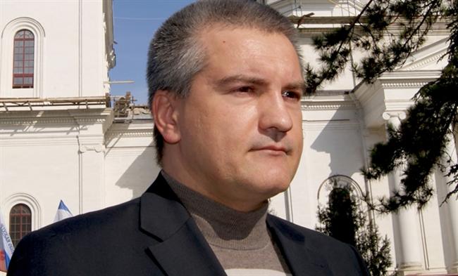 Власти Крыма помогут ДНР и ЛНР в становлении республик