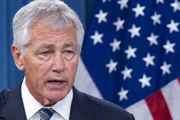 Обама отправил в отставку главу Пентагона
