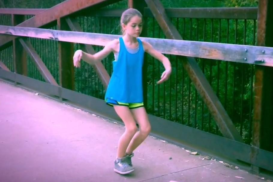 Невероятный танец девочки «взорвал» интернет