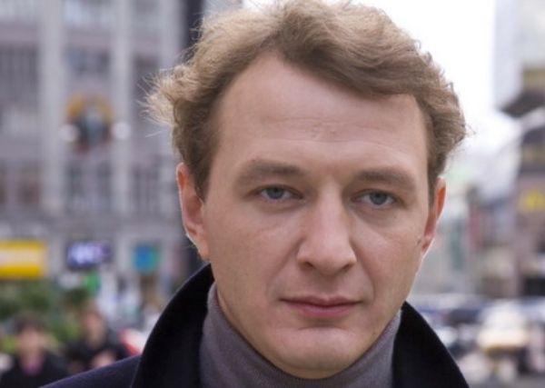 Телеканал ТНТ опроверг увольнение Марата Башарова