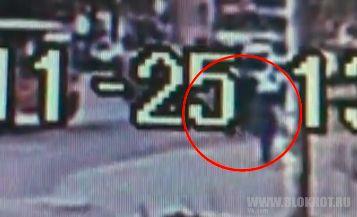 Появилось видео драки водителя и пассажира маршрутки в Петрозаводске