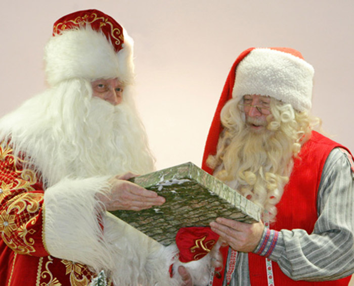 Дед Мороз и Йоулупукки снова встретились