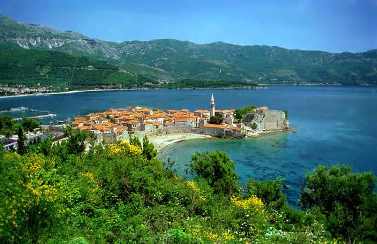 На черногорском курорте обнаружено тело россиянина