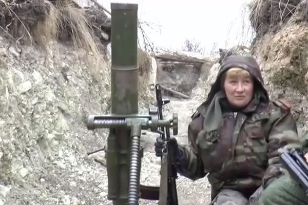 Бабушка-минометчица воюет под Луганском