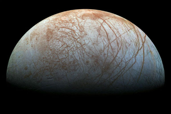 Опубликовано новое изображение покрытой льдом луны Юпитера