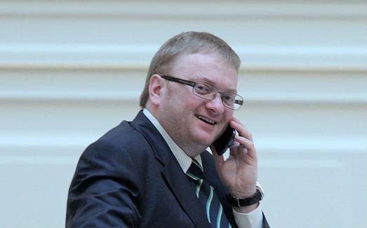 Милонов предложил полицейским обзванивать публичные дома