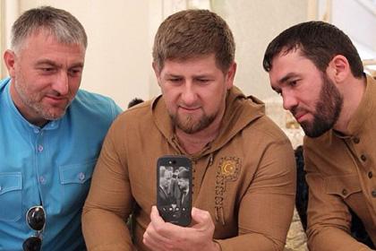 Кадыров призвал россиян отказаться от iPhone