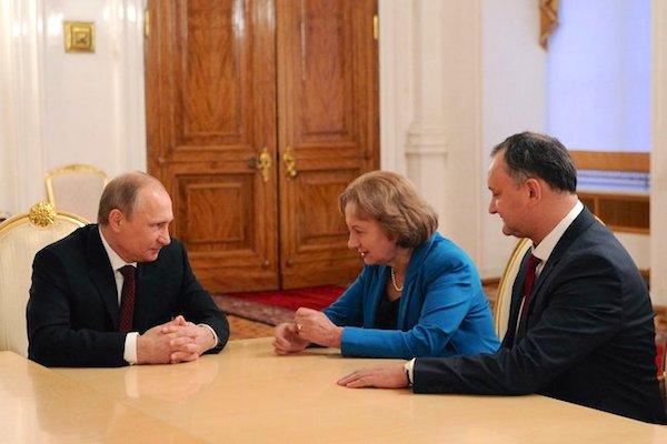 Владимир Путин принял в Кремле лидера социалистов Молдавии Игоря Додона