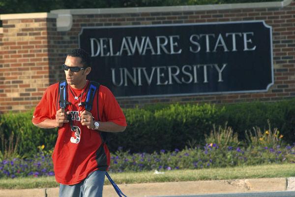 Неизвестный открыл стрельбу в кампусе университета штата Делавэр