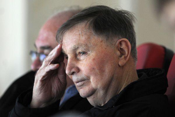 Скончался прославленный хоккейный тренер Виктор Тихонов