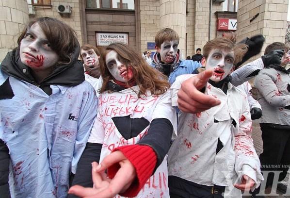 На улицы Киева снова вышли