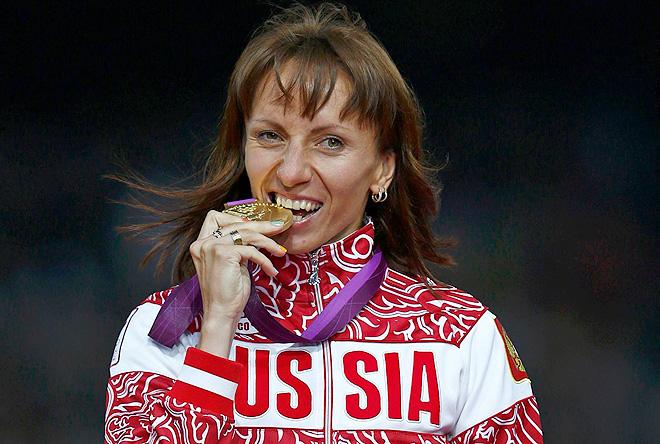Савинова, обвиняемая в употреблении допинга, ждет ребенка