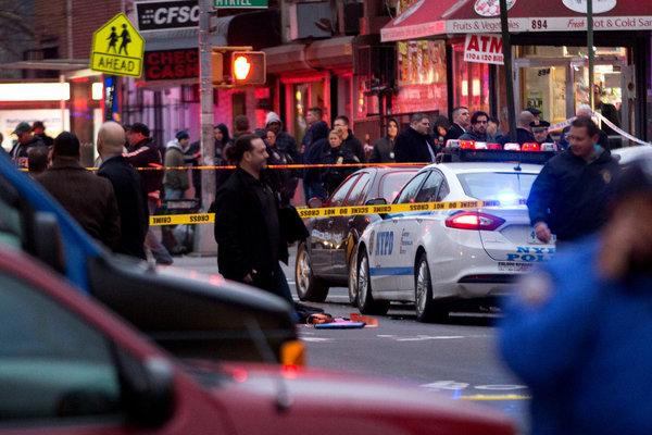 В Нью-Йорке расстреляны полицейские